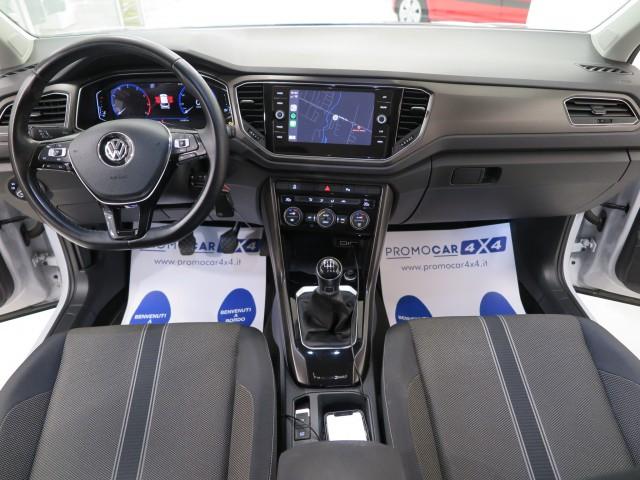Volkswagen T-Roc 1.0 tsi Style 115cv  Fari a Led-Tech pack