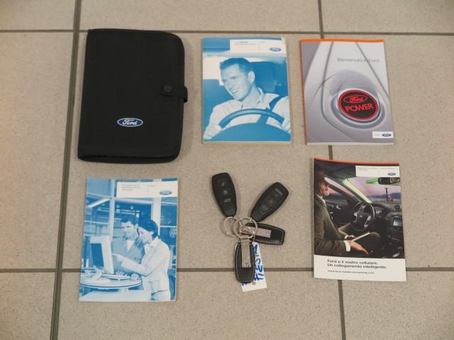 FORD  FIESTA  1.4 TDCi 70CV 3 porte Titanium