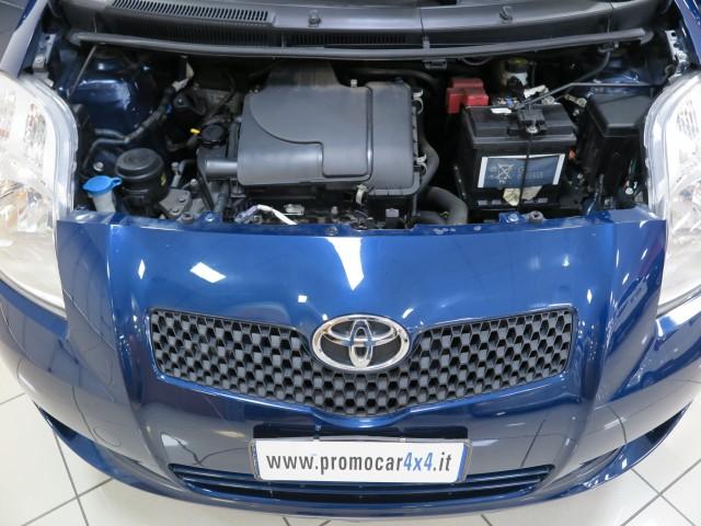 Toyota Yaris 1.0 5 porte Sol