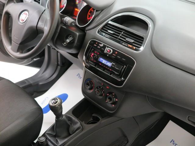 Fiat Punto 1.3 MJT II 75 CV 5 porte Street