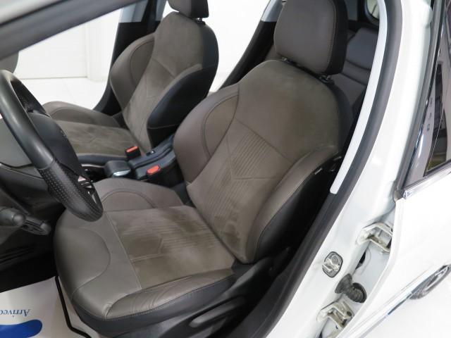 Peugeot 2008 BlueHDi 120 S&S Allure + Tetto Panorama+Navig.